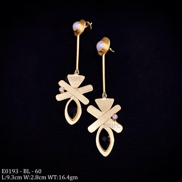 Classic Design Colored Stone Earring