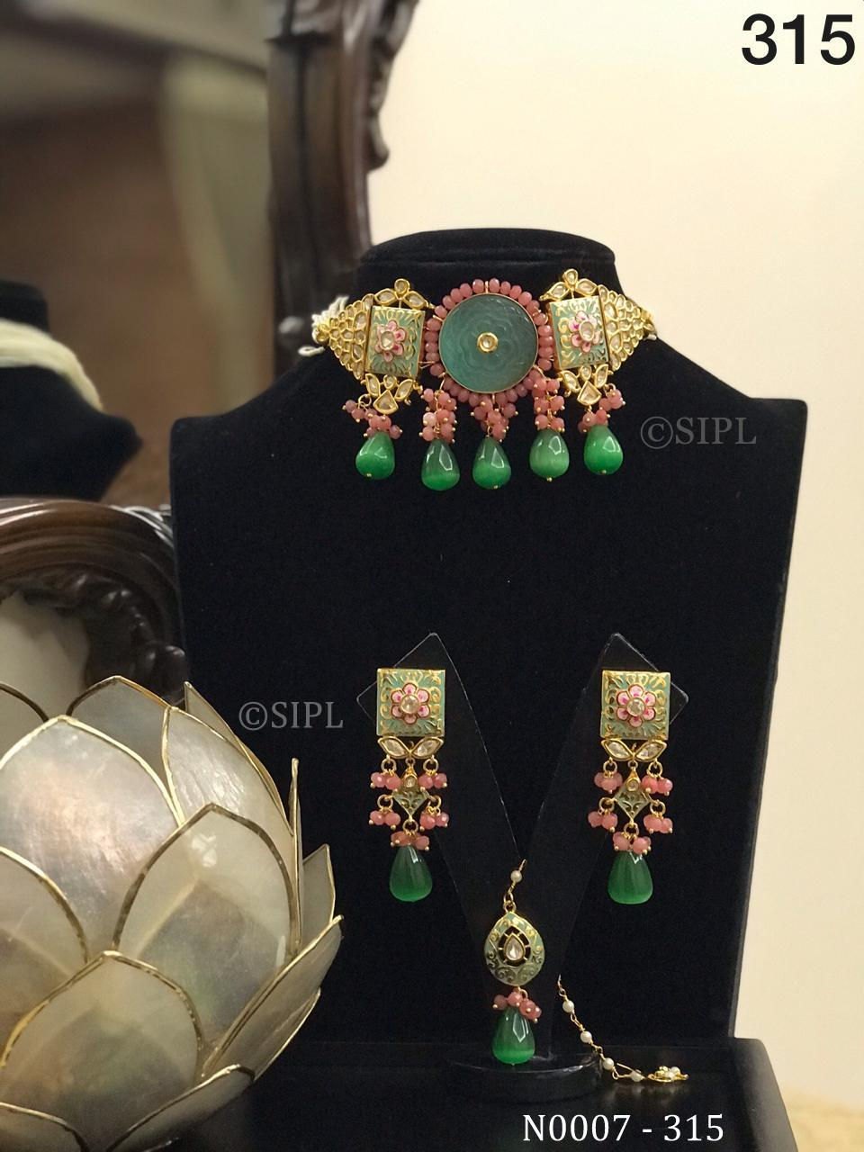 Kundan Handmade Necklace In Monalisa