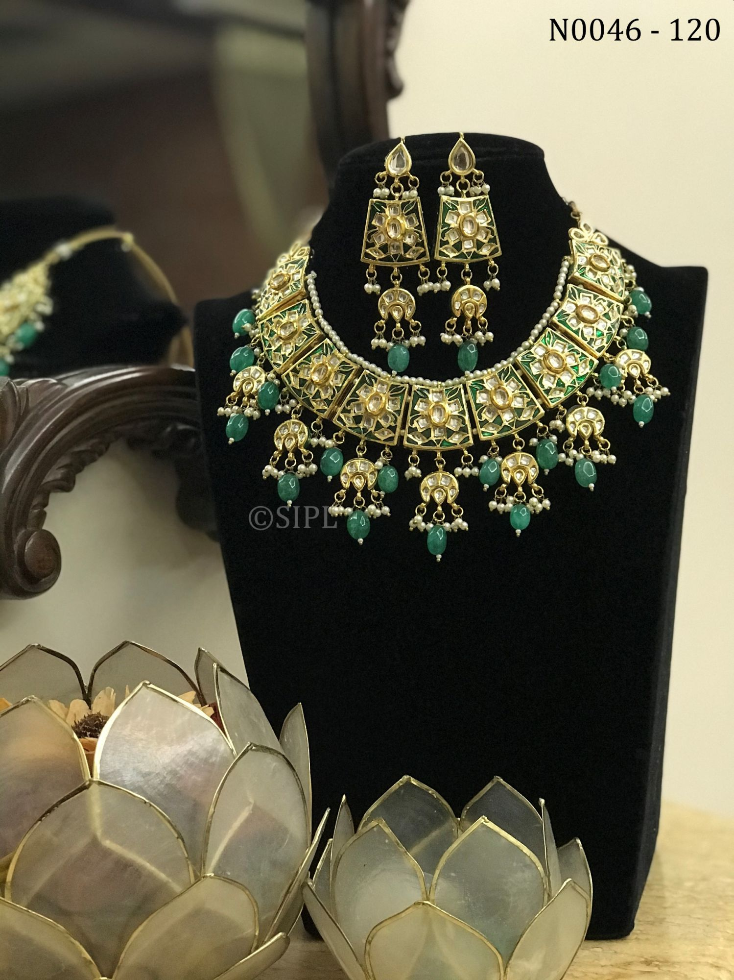 Ahmadabadi Kundan Necklace Set