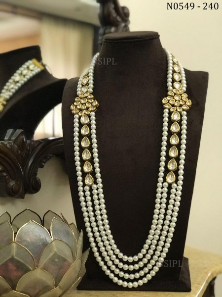Classic Design Kundan Necklace
