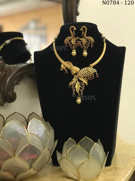 Unique South Indian Style Jewelry Set