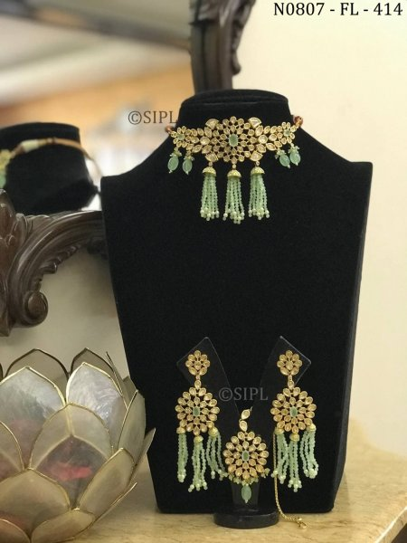 Ethnic Design Kundan Choker Set